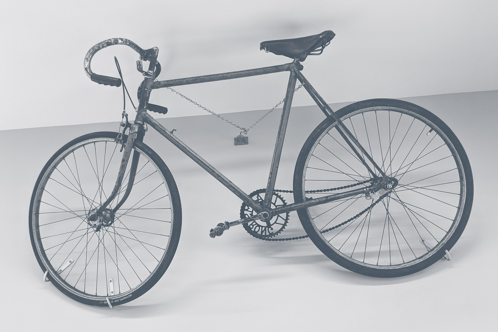 Huddle Bike Wall Grey